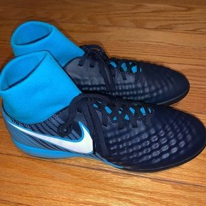 Women's Nike Indoor Soccer Cleats